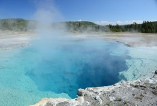 yellowstone-natural-geisers