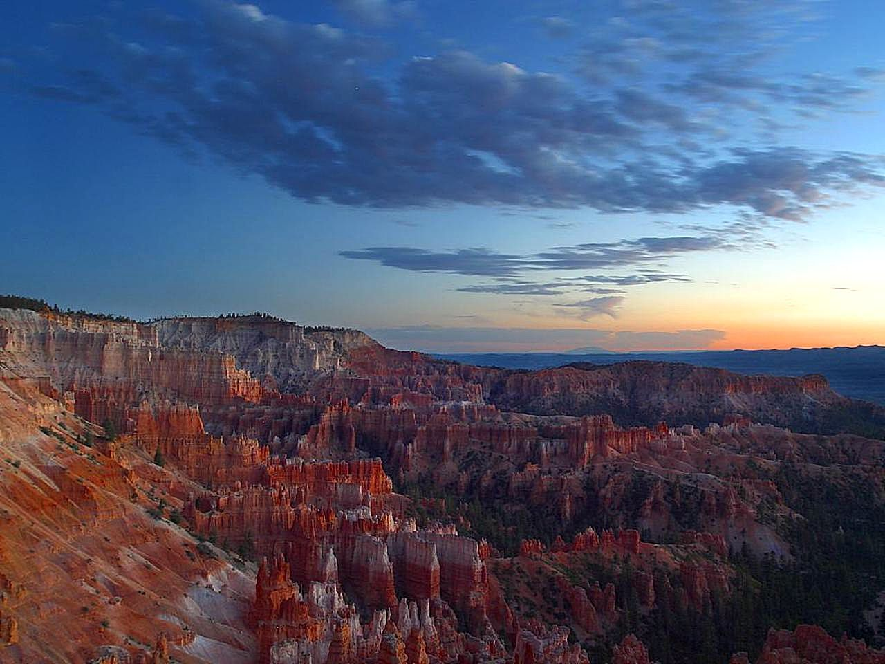 bryce-canyon-sunrises-clouds