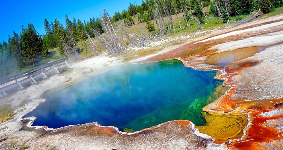 http://goldenstartour.ru/wp-content/uploads/2015/12/Banner_MAIN_YellowstoneLQ.jpg